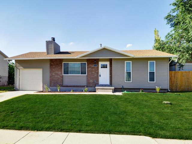 Magna, UT - Dawnee Johnston represented the new owners of this Magna property. She did a tremendous job helping close the property in exactly 3 weeks.