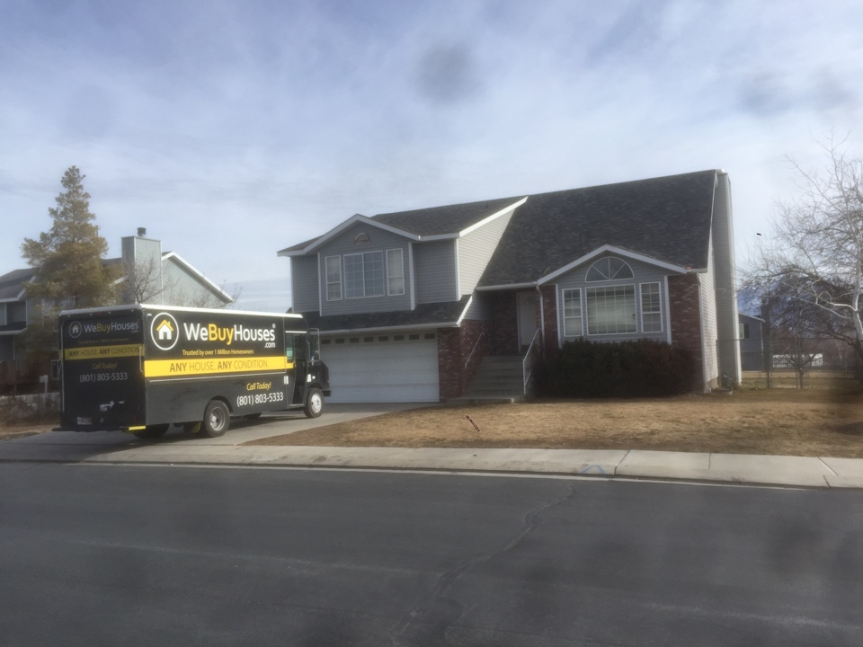 West Jordan, UT - I came to look at a house in West Jordan. It needs a little TLC but overall not a bad house. We will buy as is and hope to help this seller out.