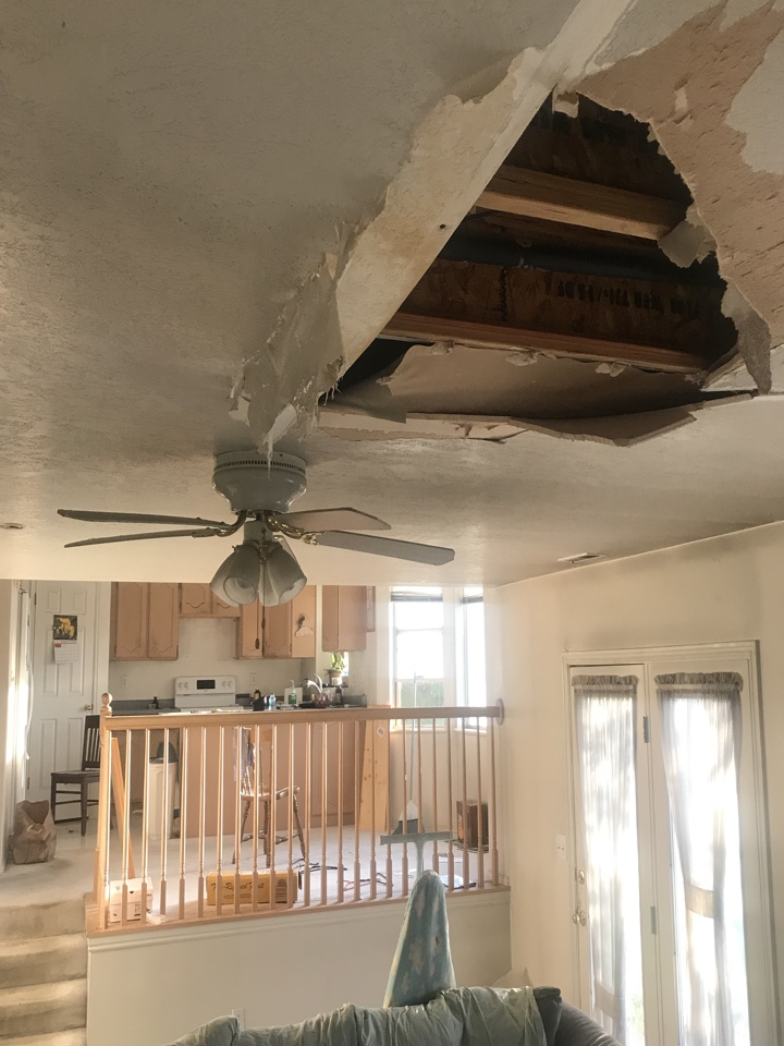 Riverton, UT - WE BUY HOUSES. It's not the first time we have purchased a house with a hole in the ceiling....and it won't be the last.