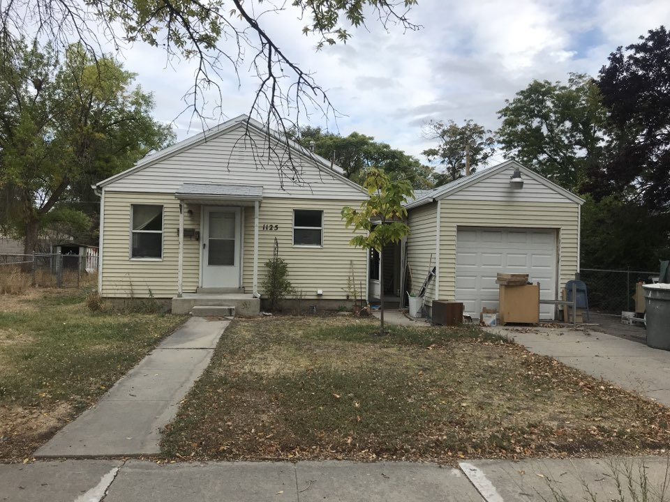 """Salt Lake City, UT - WE BUY HOUSES. Looking at a home the seller has owned for over 20 years and is currently a rental. They are not interested in putting the money into the property to make it worth more. We will give them a cash offer in """"AS IS"""" condition."""