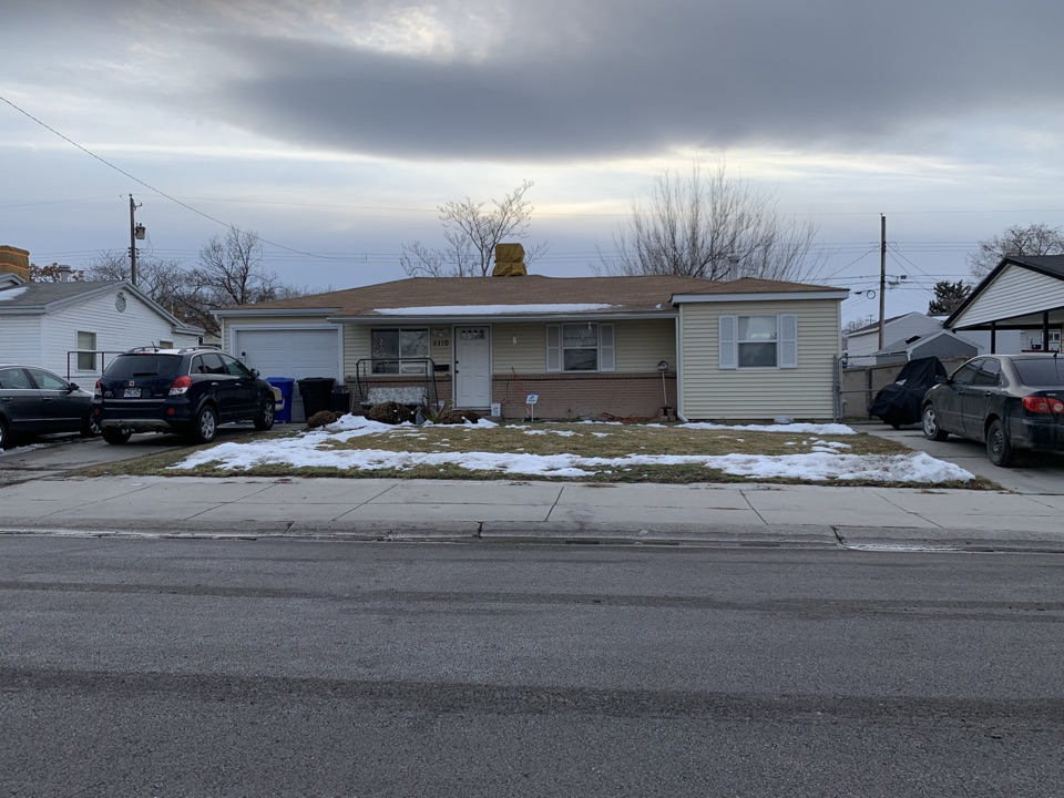 Kearns, UT - WE BUY HOUSES FAST. Met with the seller of this Kearns home. He is currently in foreclose and looking for a solution to sell fast.