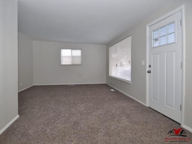 Indiana Ave Salt Lake Small Room