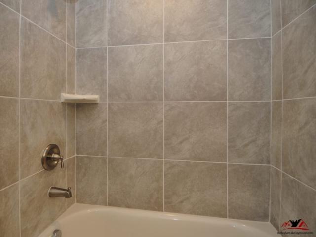 1030 Quail Park Dr A Millcreek Print 027-8 Main Bathroom 3