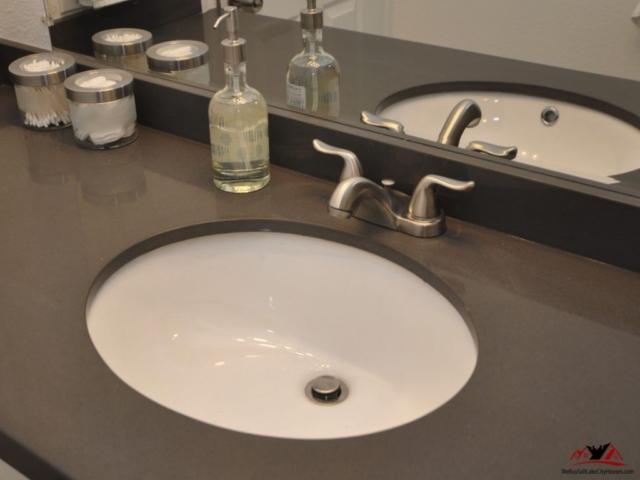 1030 Quail Park Dr A Millcreek Print 029-15 Main Bathroom 5